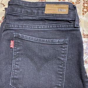 Levi black jeans